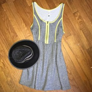 PIECES BY KENSIE babydoll grey sweatshirt dress